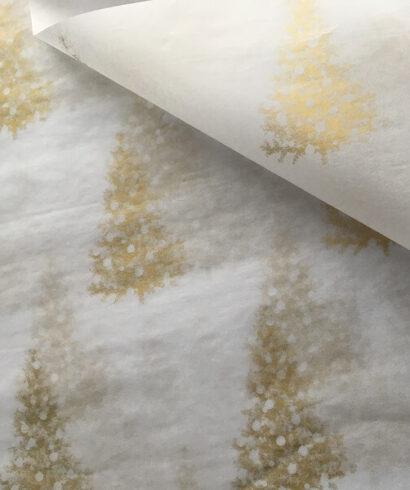 silkinis popierius su auksinemis eglemis